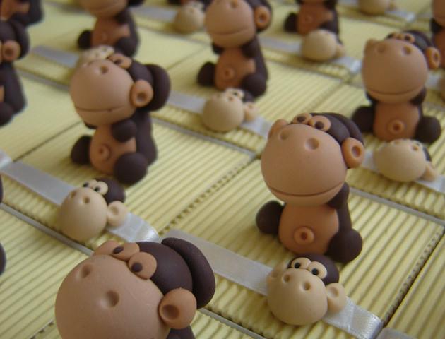 Boîtes à dragées singes