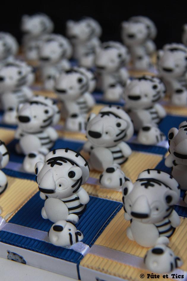 Boîtes à dragées tigres blancs thème Asie