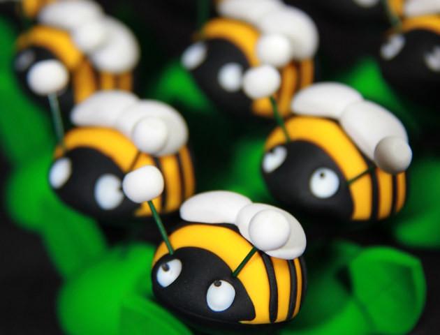 Petits sujets abeilles
