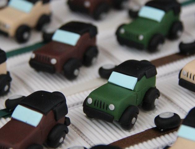Boîtes à dragées voitures 4×4