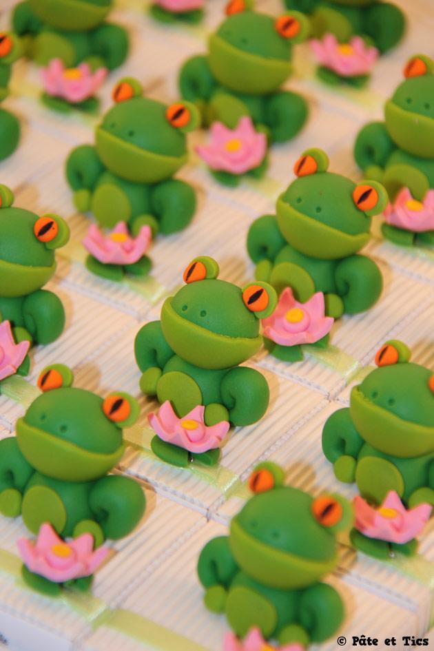 Boîtes à dragées grenouilles et nénuphars