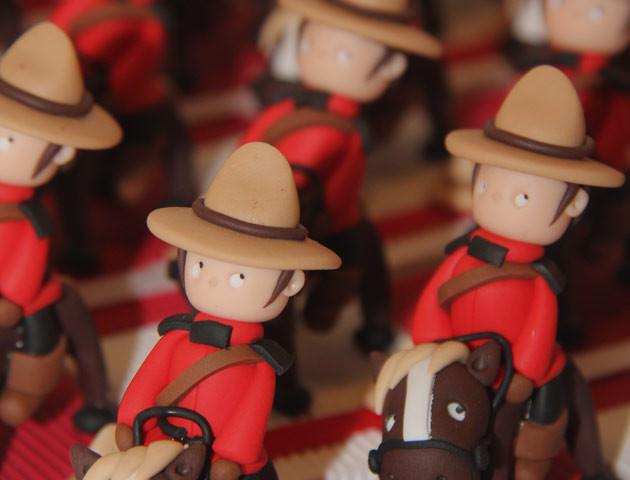 Boîtes à dragées cavaliers police montée thème Canada
