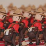 Boîtes à dragées cavaliers police montée Canada