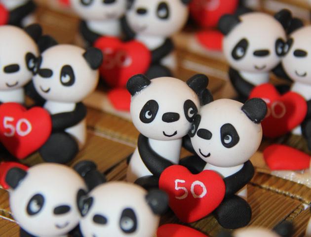 Boîtes à dragées couples de pandas