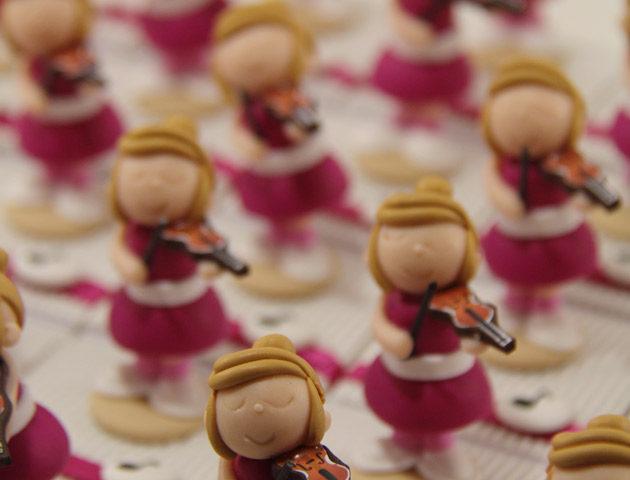 Boîtes à dragées musiciennes violonistes