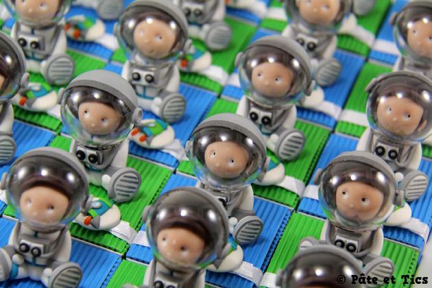 Boîtes à dragées cosmonautes