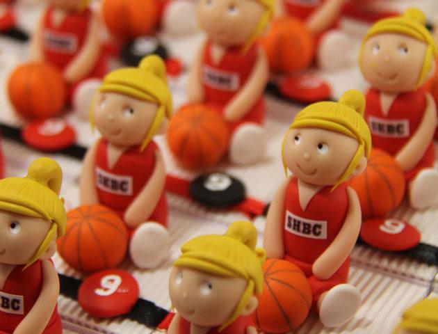 Boîtes à dragées filles basketteuses thème sport