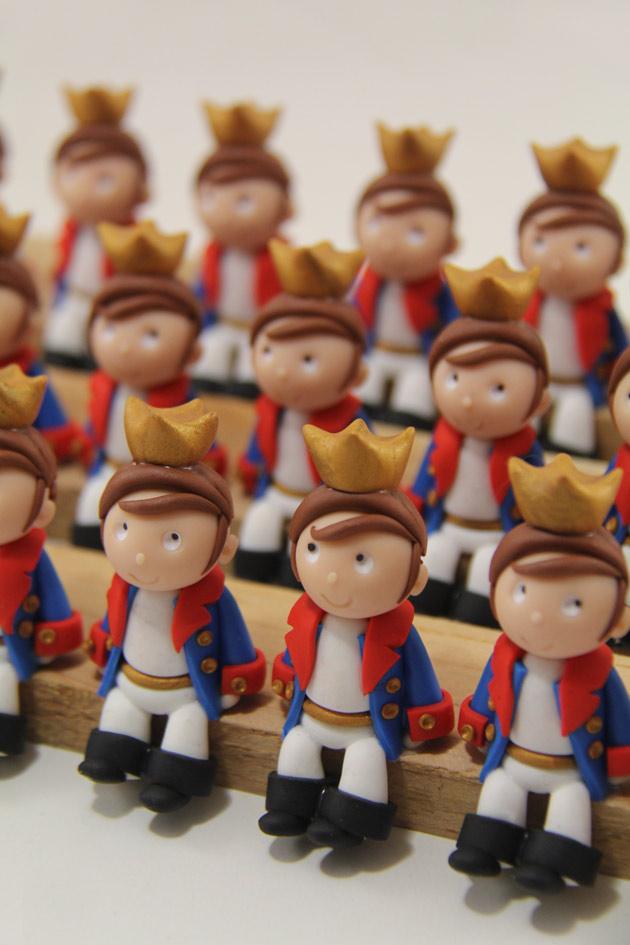 Petits sujets figurines princes
